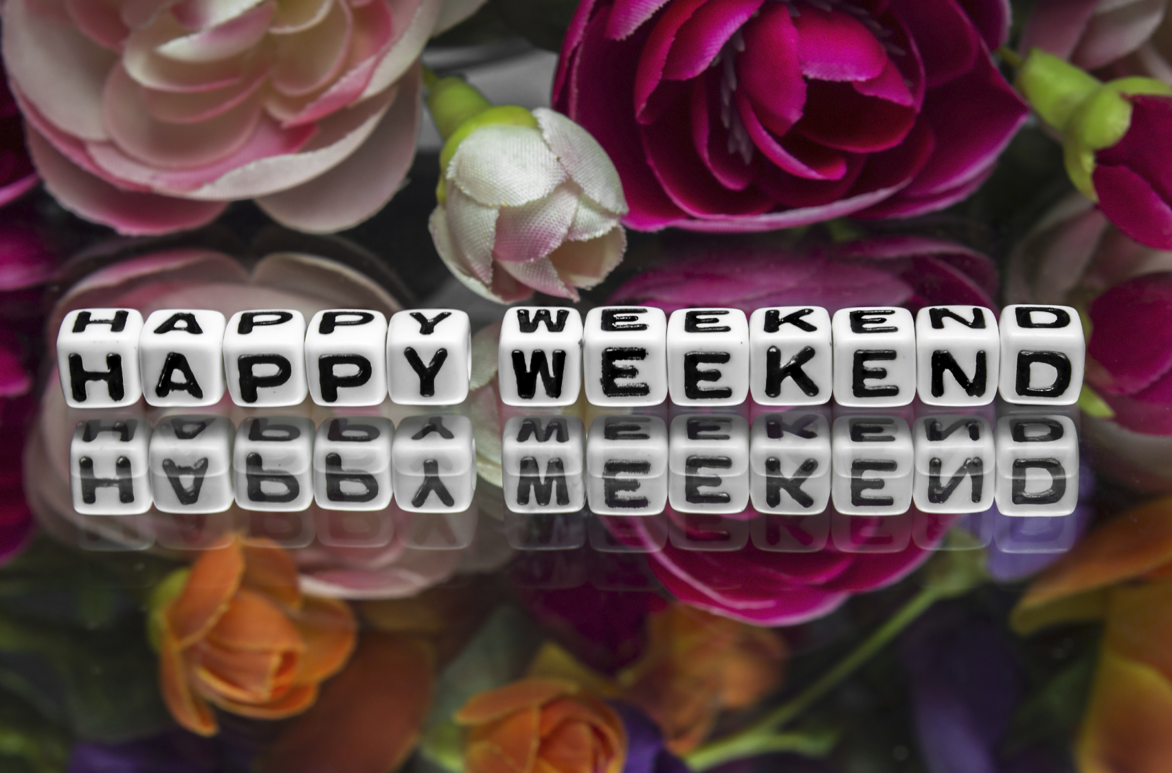 Happy weekend with flowers